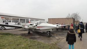 Bei einer Exkursion nach Schönefeld konnte auch das abgebildete Kleinflugzeug besichtigt werden.